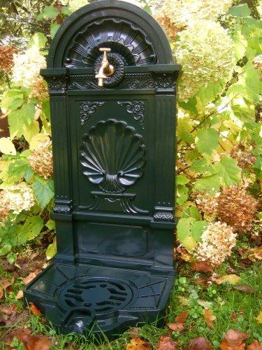 antikas–Acqua Pompa Di Benzina, con fontana, fontana da giardino, fontana, zapfstelle con rubinetto