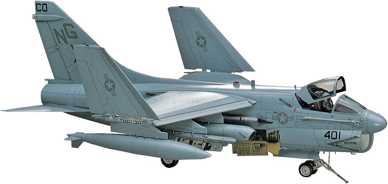 Hasegawa HAPT47 1 48 Scale A7D E Corsair II Model Kit