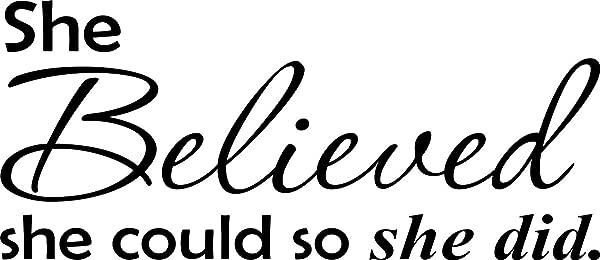 墙贴花语她相信她可以,所以她做了可爱的乙烯基墙贴花语家居装饰语录