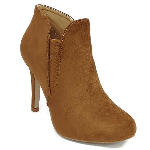 337f83877bb5e Brown Heel Booties: Amazon.com