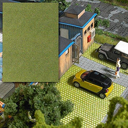 Busch 7431 - 3-D-Dekorplatte Rasenpflastersteine, Fahrzeug