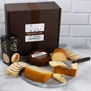Smoked Cheese Assortment in Gift Box (35.2 ounce)