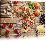 Leckere Pizza Italia auf Holztisch Format: 80x60 auf