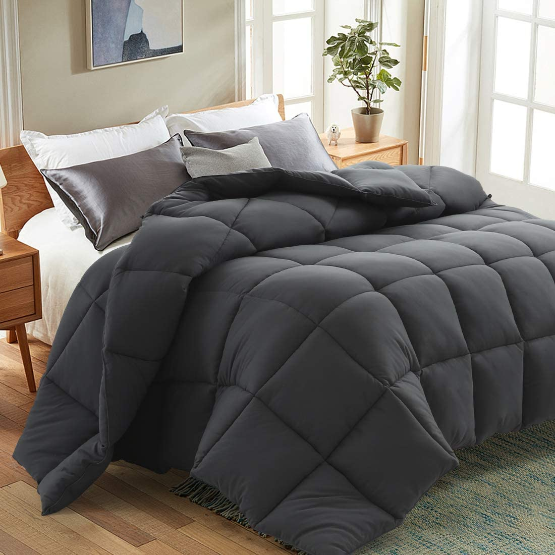 Grandre All Season Down Alternative Fluffy Comforter,Lightedweight Cooling Duvet Insert for Night Sweats with 8 Loops Box Stitched 64 by 88 Inches Hypoallergenic Micorfiber,White,Twin