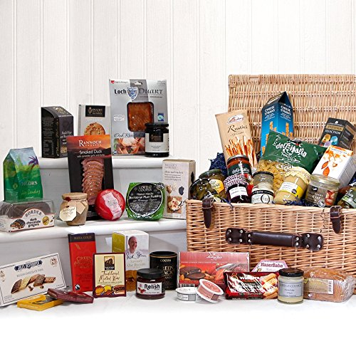 The Mayfair Gourmet Food Hamper - Large Luxury Wicker Gift Hamper Basket with 40 Delicious Food Items by Fine Food Store - Gift Ideas for Mum, Valentines, Mother's Day, Birthday, Wedding, Anniversary, Business and Corporate, Dad, Fathers Day, him, her, Th