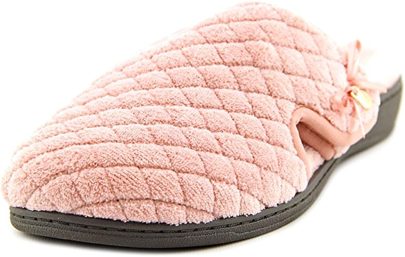 Vionic Adilyn femmes Round Toe Canvas Slipper