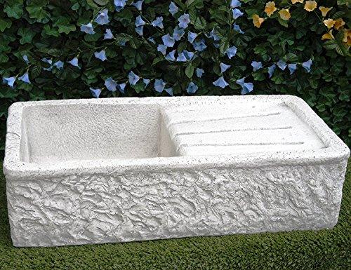Évier en béton, lavabo, fontaine, dimensions : 80 x 40 cm. H. 20 cm
