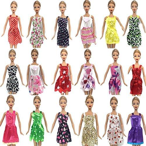 fat-catz-copy-catz D5 Lot de 15 Accessoires pour poupées Robe/vêtements/cintres/Chaussures