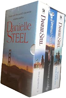 Danielle Steel: 3 book box set: Bungalow 2, Amazing Grace and Toxic Bachelors rrp £20.97