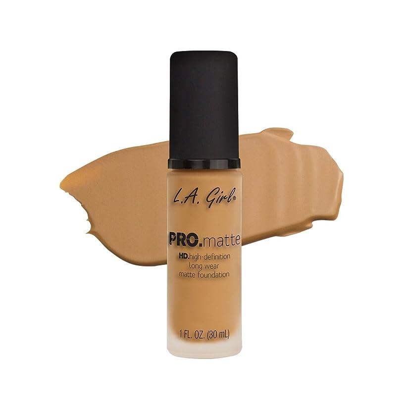 シチリア優雅な知恵(6 Pack) L.A. GIRL Pro Matte Foundation - Light Tan (並行輸入品)