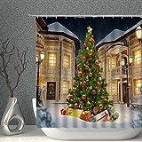 AMNYSF Duschvorhang, Weihnachtsbaum, mit Weihnachtskugeln, Geschenk, verschneites Haus, Winter, Schnee, Grün, Gold, Dekorstoff, Badezimmer, Gardinen, 178 x 178 cm, wasserdicht, Polyester mit Haken