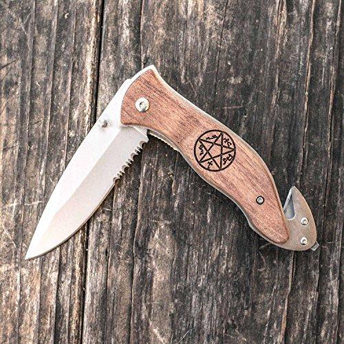 Pocket Knife with Glass Breaker