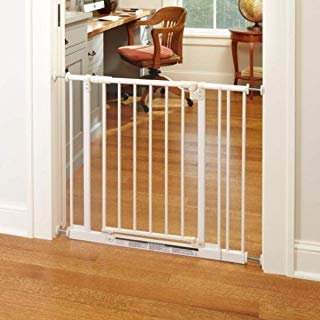 """North States 38.5"""" Wide Easy-Close Baby Gate: The Multi-Directional Swing gate with Triple Locking System - Ideal for doorways or Between Rooms. Pressure Mount. Fits 28""""-38.5"""" Wide (29"""" Tall, White)"""