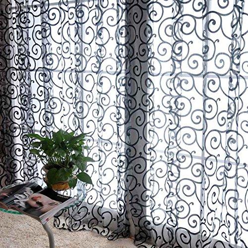 cortinas negras con flores
