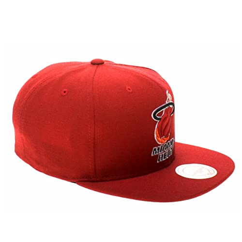 Mitchell   Ness Miami Heat Mens Basic Logo Snapback Hat e534b2e63061