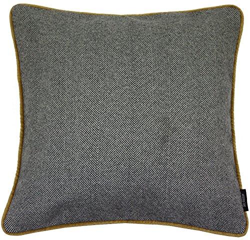 McAlister Textiles Herringbone Boutique | Coussin Rembourré Extra Large | 49 x 49 cm en Gris Anthracite Bordure Velours Ocre | Décoratif pour Canapé, Sofa, Fauteuil, Lit et Laine