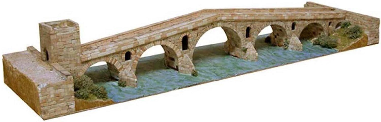Ceramic Model  Puente la Reina, Gares, Spain