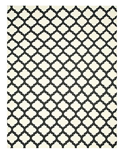 White rug with black moroccan pattern