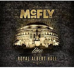 70年代ロックを再現させる「 McFly 」の若さでキラキラのオーラ!の秘密 21