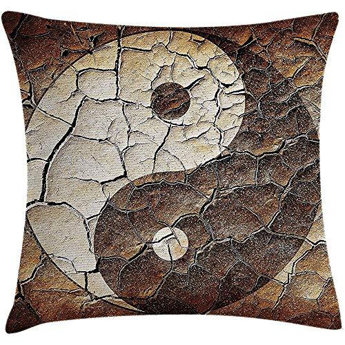 Funda de Cojín de Almohada Ying Yang Imagen Cartel Asiático de Yin Yang Pintado en Tierra Agrietada Diseño Gráfico del Arte Funda Decorativa de Almohada Decorativa Cuadrada 18 X 18 Pulgadas Marrón Bei