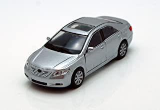 """Toyota Camry, Silver - Welly 42391 - 4.5"""" Long Diecast Model Toy Car"""