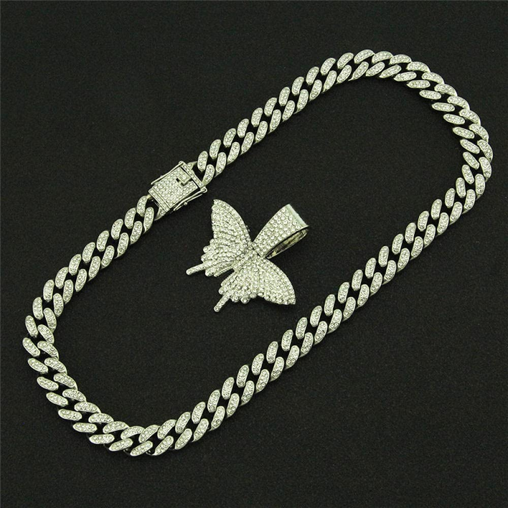 Iced Out Butterfly Necklace Cuban Link Choker Necklace for Women Butterfly Chains Hip-Hop Bling Pendant Jewelry 50cm