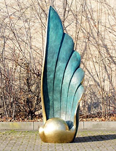 The Wing - Große Bronzestatue von Martin Klein - Limitierte XL Gartenskulptur - nummeriert - Höhe: 2,13 m - monumentale Designskulptur aus 100% Bronze - Moderne Kunst online kaufen