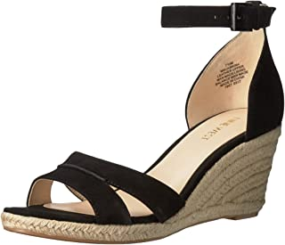 6c2723e3b Amazon.com: Nine West - Platforms & Wedges / Sandals: Clothing ...