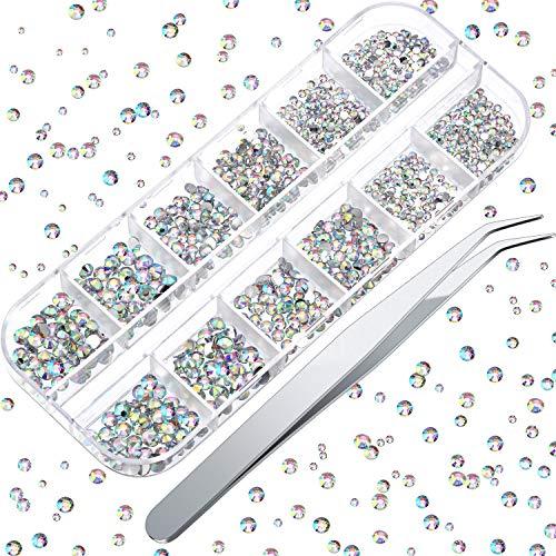 1500 Pezzi Strass Nail Art Cristallo Unghie Strass AB Gemme a Schiena Piatta Strass Rotondi Misura 2, 3, 4 mm con 1 Pinzetta Gemme Diamante Strumento Unghie per Artigianato DIY Progetto Unghie