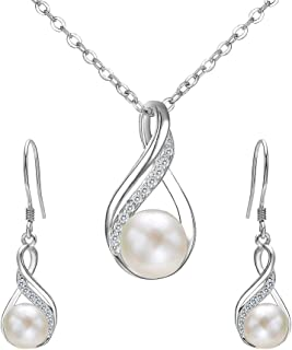 Karu Arke Gold Tone with White pearl Leaf Necklace and Earring Set