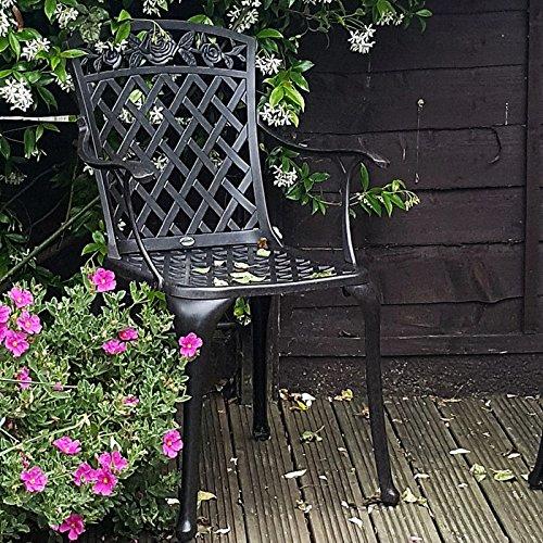 Lazy Susan – SANDRA Quadratischer Kaffeetisch mit 1 ROSE Gartenbank und 2 ROSE Stühlen – Gartenmöbel Set aus Metall, Antik Bronze (Beige Kissen) - 5