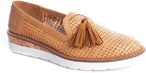 Zapato Trenzado borlas de Kanna Camel