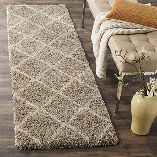 Safavieh Hudson Shag Collection SGH281S Modern Diamond Trellis 2-inch Thick Accent Rug, 2′ x 3′, Beige / Ivory