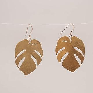 Pendientes hoja tropical en color dorado, con gancho de plata de ley.