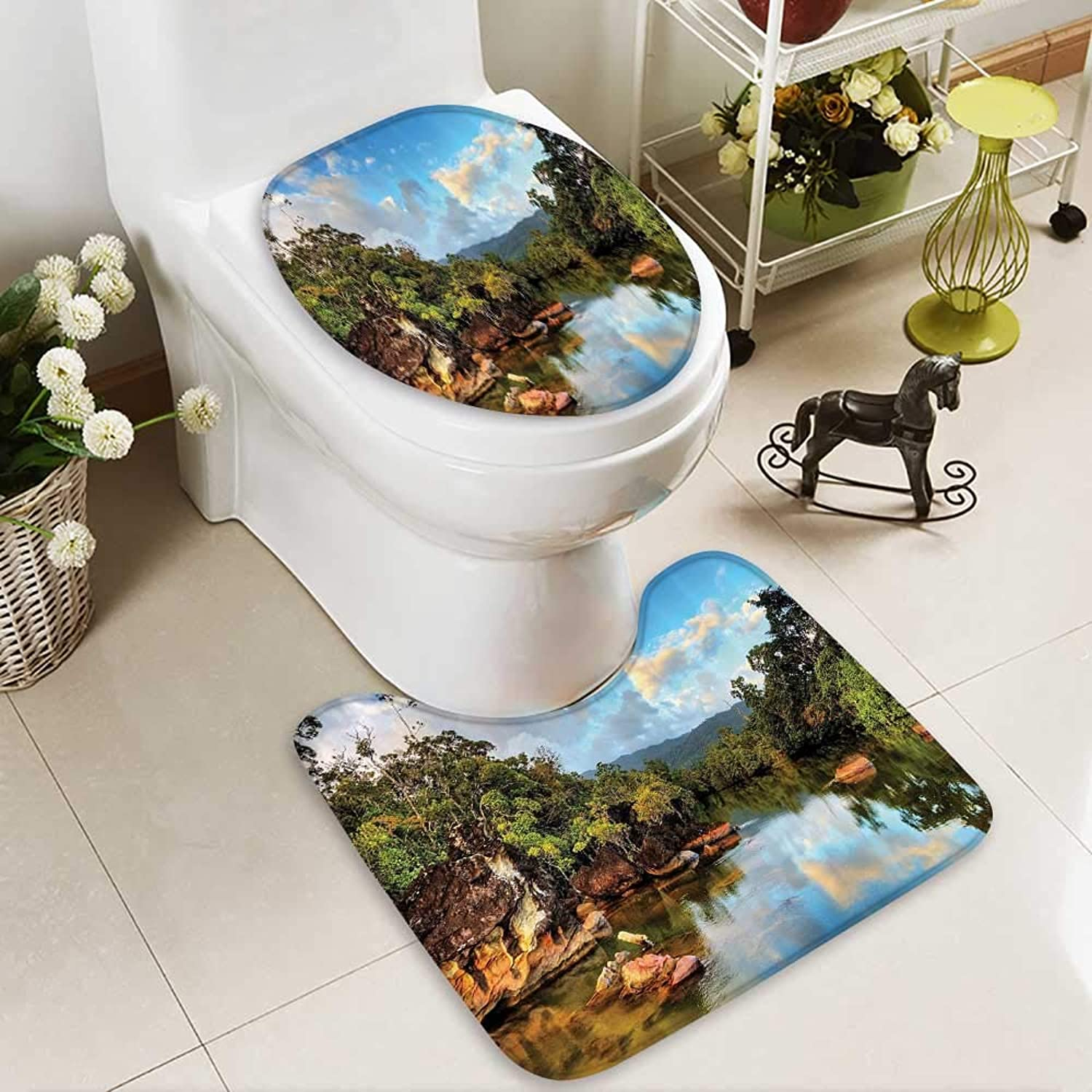 Muyindo Bathroom Non-Slip Floor Mat of The Tropical Jungle River The ACH of Masoala Natial Park in Mada with High Absorbency