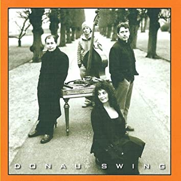 Donau Swing (feat. Kristian Jørgensen)