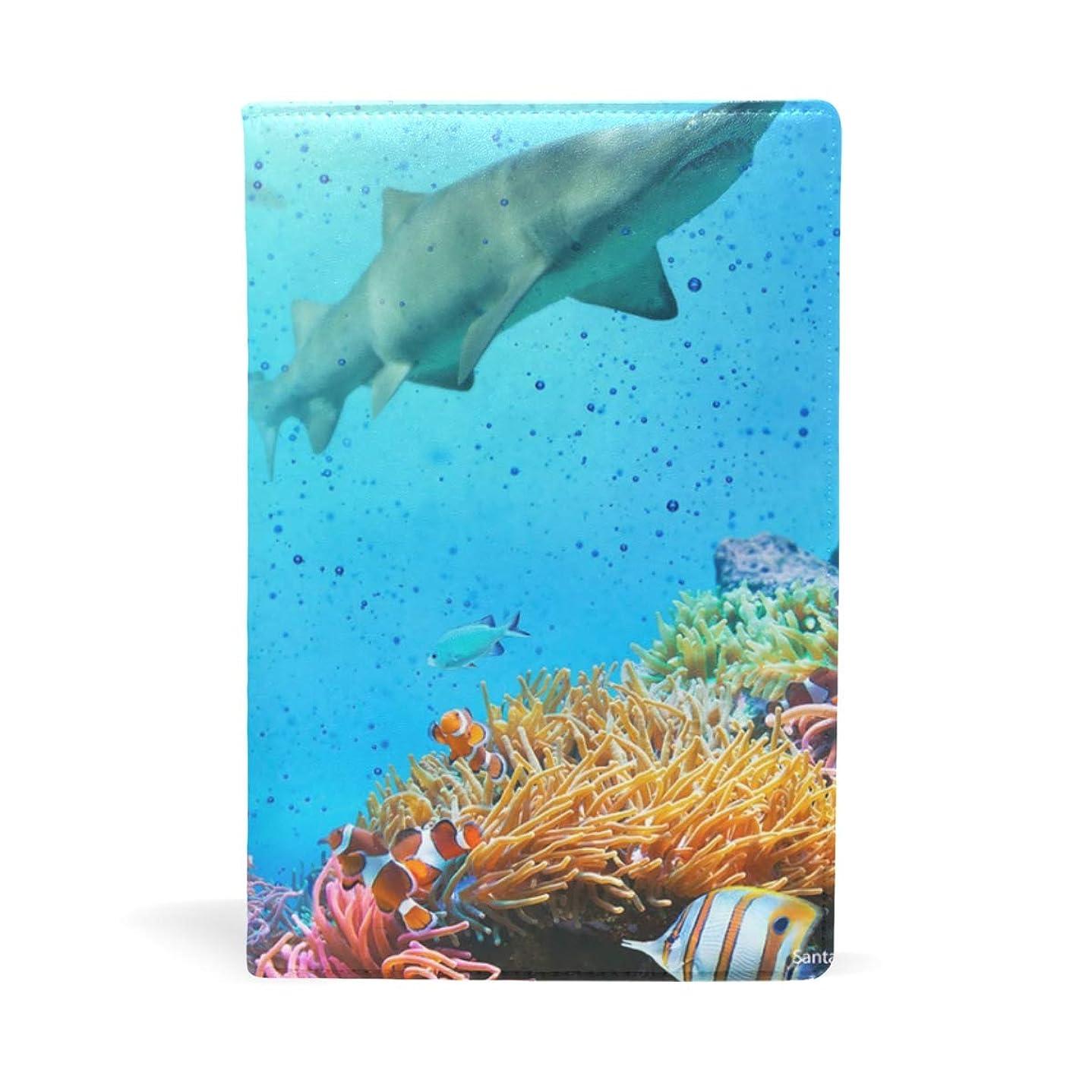 ホールド孤独コンバーチブルサンゴ サメ ブックカバー 文庫 a5 皮革 おしゃれ 文庫本カバー 資料 収納入れ オフィス用品 読書 雑貨 プレゼント耐久性に優れ