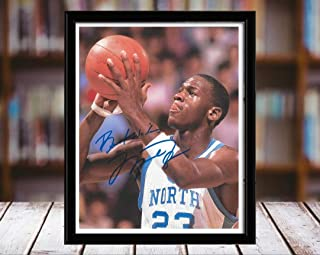 Michael Jordan Autograph Replica Print - North Carolina Tar Heels - Free Throw - 8x10 Desktop Framed Print - Portrait