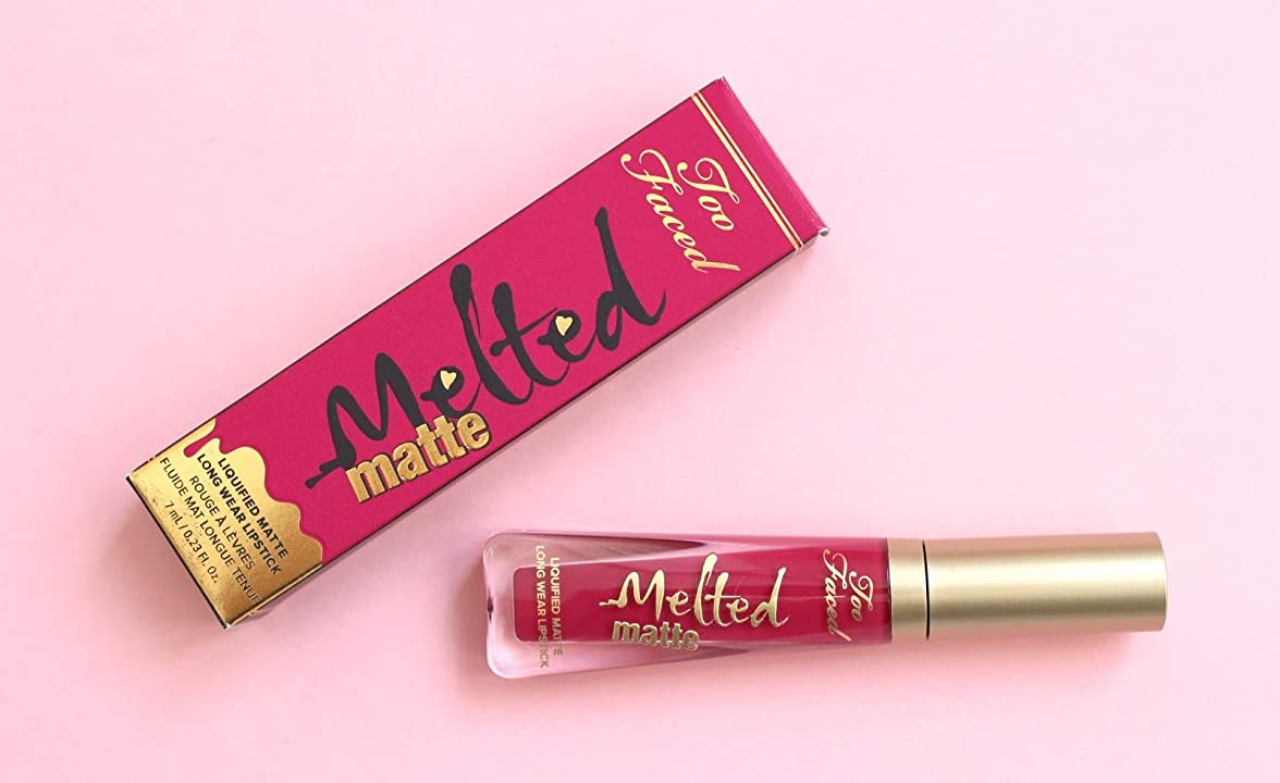 チャームできればなめるToo Faced Melted Matte Liquified Long Wear Matte Lipstick - Bend and Snap!