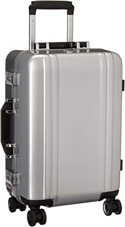 "20"" Classic Polycarbonate 2.0 - International Carry-On Spinner"