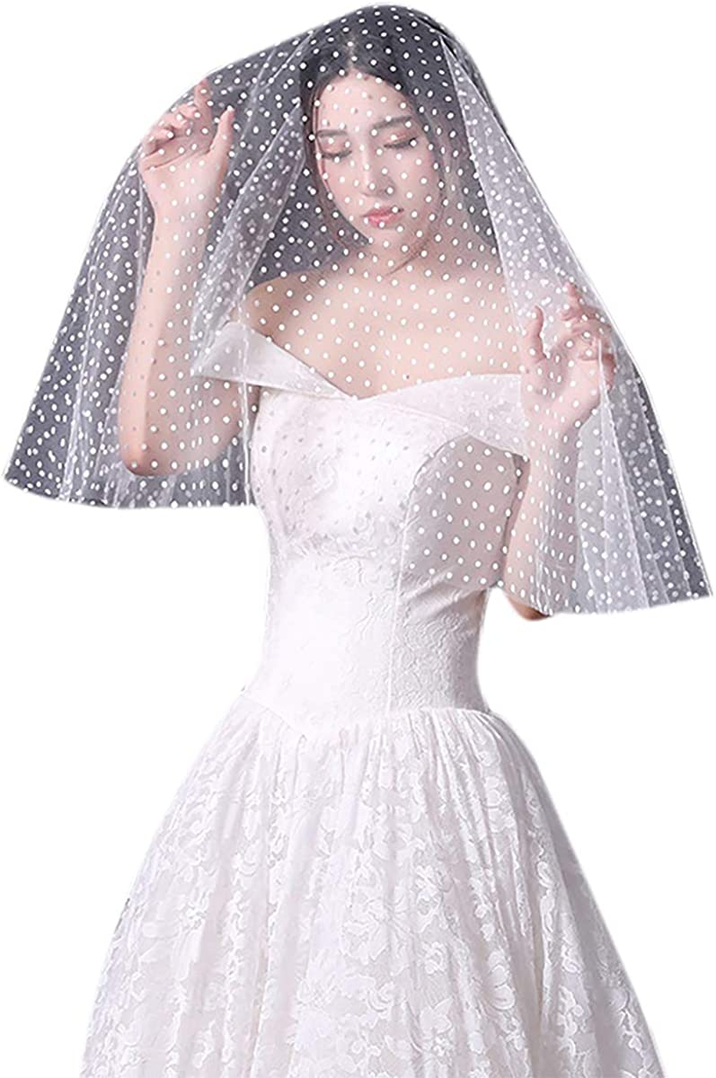 Women Short Wedding Bridal Veil with Comb Sheer Tulle Lace Applique Edge Wedding Veil