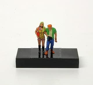 HO Scale Preiser 28186 Walking Couple