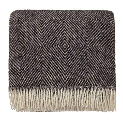 URBANARA 140x220 cm Wolldecke 'Gotland' Schwarz/Creme — 100% Reine skandinavische Wolle — Ideal als Überwurf, Plaid oder Kuscheldecke für Sofa und Bett — Warme Decke aus Schurwolle mit Fransen