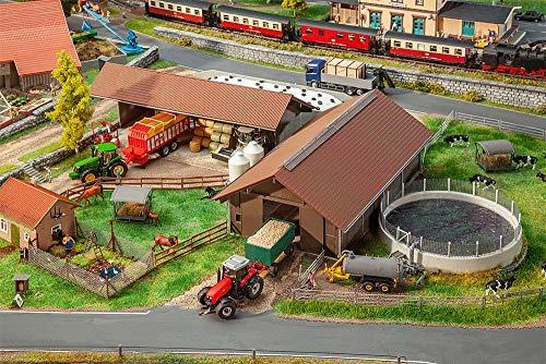 Faller FA130574 Landwirtschaftlicher Betrieb Modellbausatz, verschieden