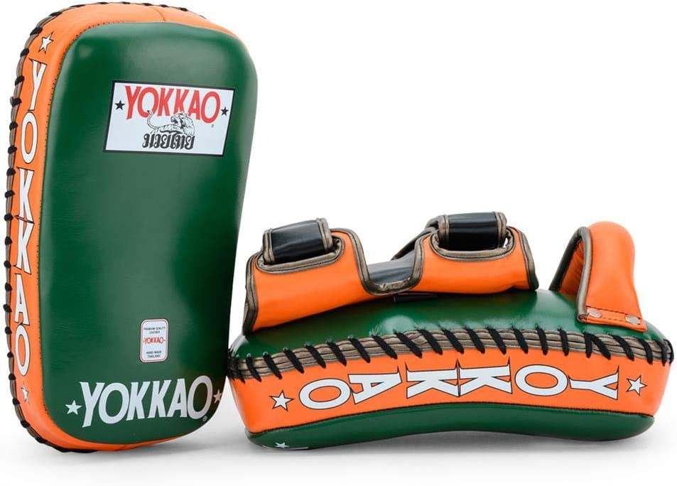 Yokkao Gebogene Muay Thai Kicking Pads aus Leder f/ür Muay Thai Kickboxen MMA