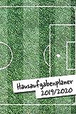 Hausaufgabenplaner 2019/2020: Fußball Hausaufgabenheft für das ganze Schuljahr   zum Eintragen von Hausaufgaben in einer Wochenübersicht für das erste ... ca. DIN A 5, 108 Seiten   Für...