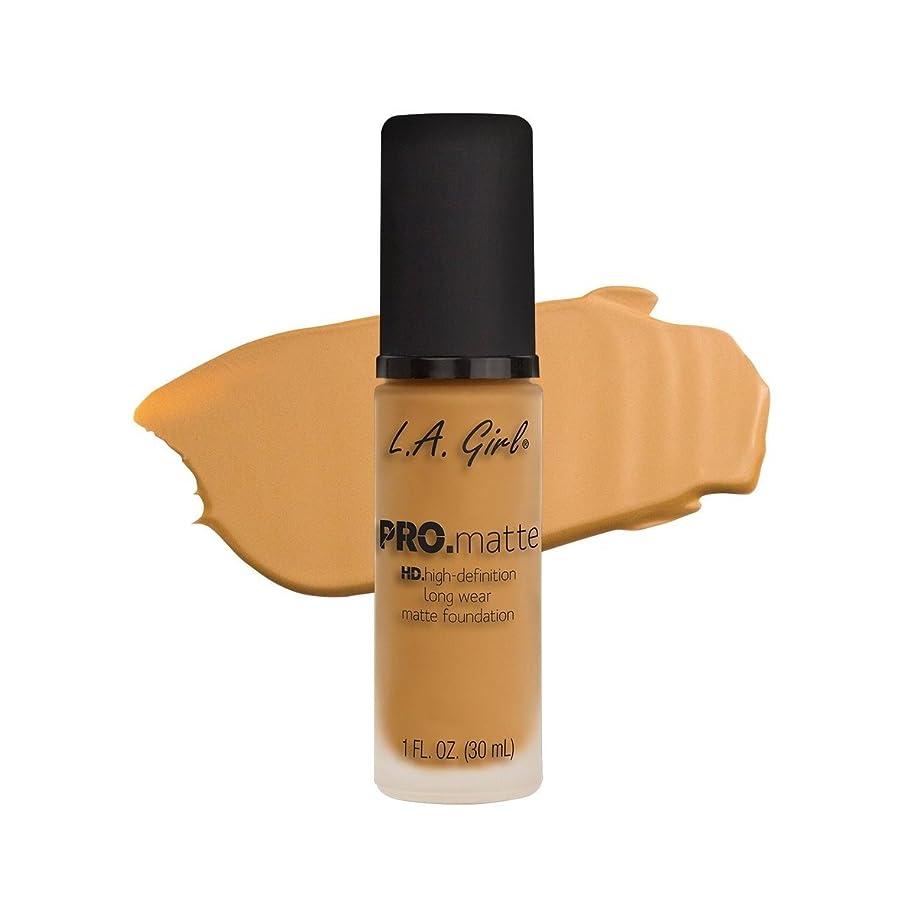 予測好戦的な組立(3 Pack) L.A. GIRL Pro Matte Foundation - Soft Honey (並行輸入品)