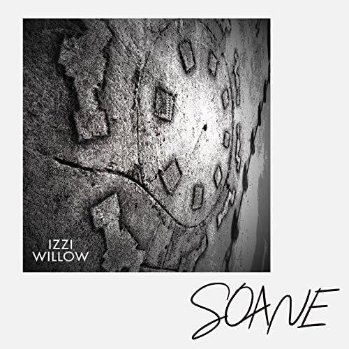 Izzi Willow