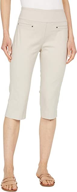 Control Stretch Pull-On Capri Pants with Pocket Detail