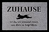 Interluxe FUSSMATTE Türmatte ZUHAUSE IST DA WO JEMAND RENNT Hund Schmutzmatte Flur Dekoration Hellgrau